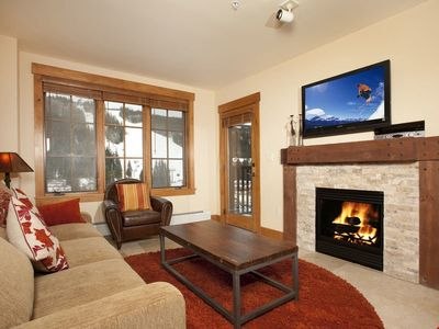 Photo for Mountain-Inspired 2 Bedroom Condo with Deluxe Furnishings
