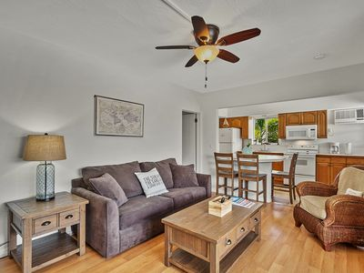 Photo for Penthouse 1b/1b with Private Deck- By the Beach!