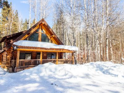 Photo for NEW LISTING! Dog-friendly cabin w/ private porch, foosball, near Wenatchee River