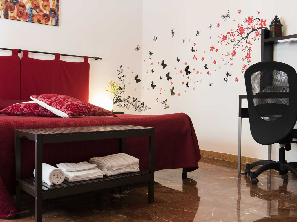 Camera Letto Bordeaux : Bed and breakfast michelangelo camera bor homeaway