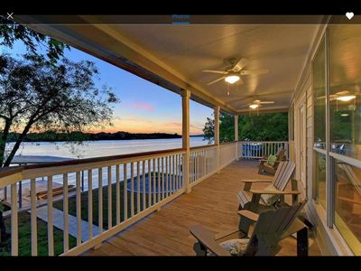 Photo for Perfect Lakehouse Gettaway on LBJ