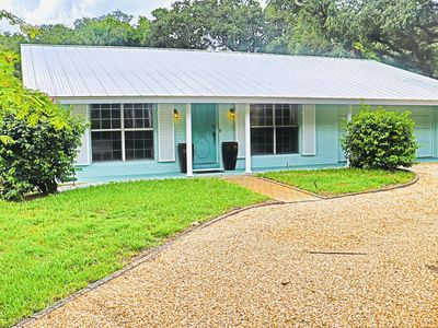 Photo for Beautiful 3-bedroom 2-bath barrier island property with a private pool!