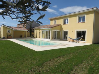 Photo for Large bright house with pool near Toulouse