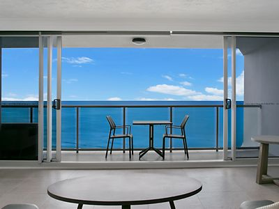Photo for 2BR Apartment Vacation Rental in Surfers Paradise, QLD
