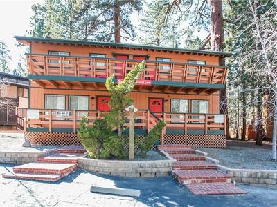Photo for Summit Sweetness A - Hot Tub, WiFi! Walk to the Ski Resort! 140 Steps From Slopes!