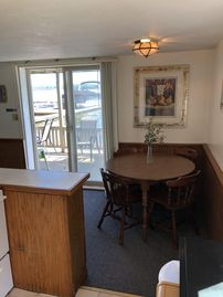 Marvelous Value Priced Lakefront Cottage Great For Small Family Round Lake Interior Design Ideas Gentotryabchikinfo