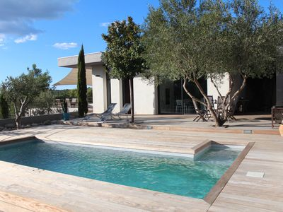 Photo for Modern villa, point of view, calm and comfort 4/5 people.
