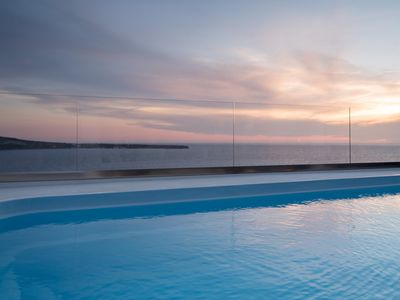 Photo for Luxury House Spot of Oia, Santorini, 2 Bedrooms, 2 Bathrooms, Jaccuzi, Private Pool, Up to 4 Guests, Impressive Sunset and Volcano View !