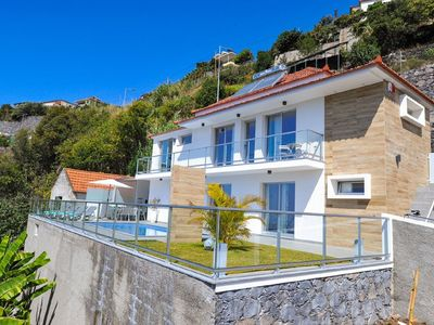 Photo for Atlantic Villa with great sea view, central AirC - heating & pool