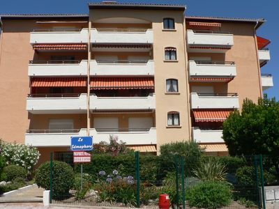 Photo for Apartment / cabin 27 m2 with terrace of 10 m2 quiet and residential