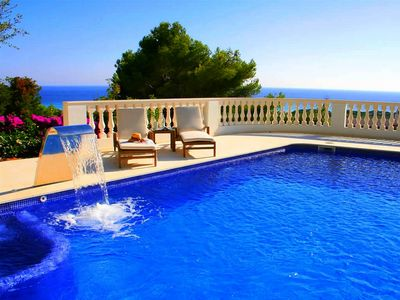 Photo for Stunning villa with pool & sea view – Villa Maitreya