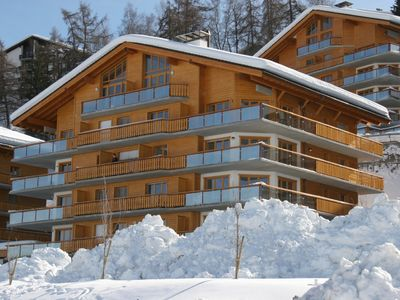 Photo for Large, luxury penthouse with pool very close to ski lift, village, childcare etc