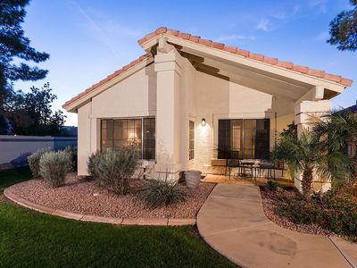Photo for Quiet 2 bedroom retreat in the Val Vista Lakes Communities!