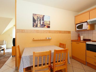 Photo for Apartment in the center of Vonyarcvashegy with Internet, Parking, Garden, Balcony (123495)