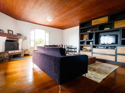 Photo for MODERN HOUSE, IN NOBLE BAIRRO, 3 BEDROOMS, UP TO 10 PEOPLE. GREAT COST BENEFIT!