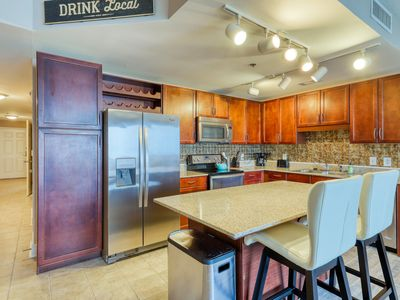 Photo for Waterfront resort condo w/ shared pools, pool spas, gym, & on-site dining
