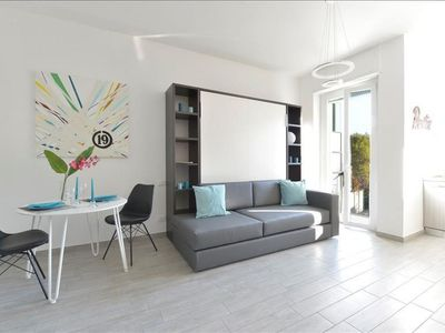 Photo for Sismondi apartment in Porta Vittoria with WiFi, integrated air conditioning, balcony & lift.