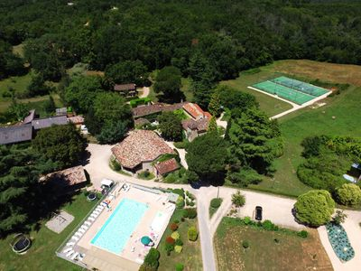 Photo for Quiet house in a superb Holiday Resort **** in preserved nature in Dordogne-Lot