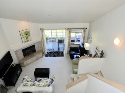 Photo for Clean, Bright Columbia Point West Condo, Views, Balcony, Washer-Dryer in Unit