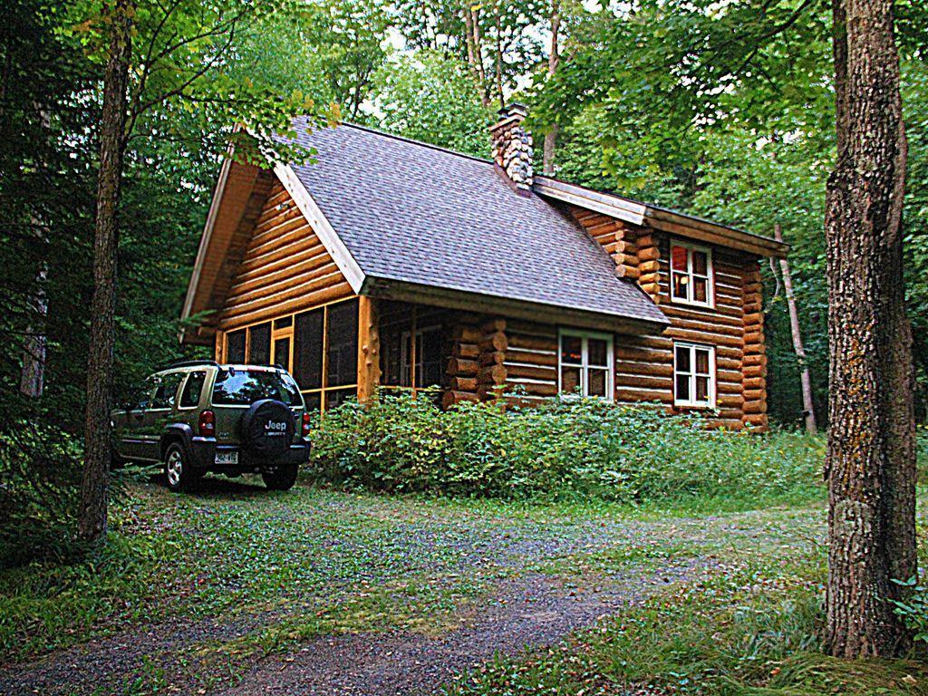 Gorgeous log cabin on lake namakagon in cab vrbo for Wisconsin log cabin