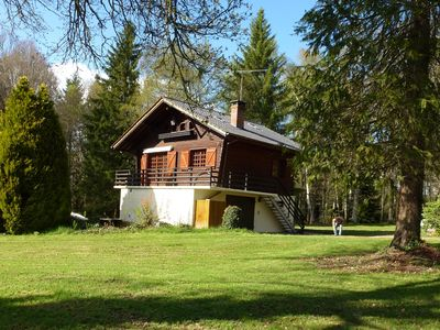 Photo for Charming cottage in a large wooded park 300m pond