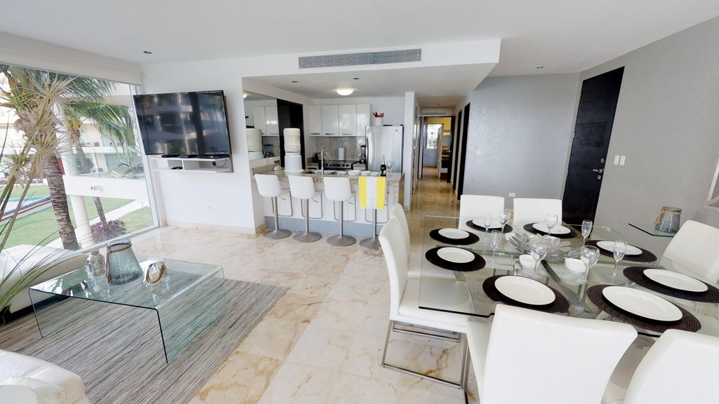MAGNIFICENT APARTMENT just steps Mamitas Beach + Internet Free + Great Pool