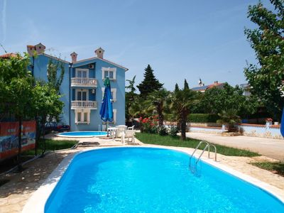 Photo for 2 bedroom Apartment, sleeps 4 in Medulin with Pool and Air Con