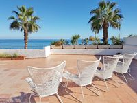 A trually stunning property in a beautiful complex close to the beach and all ameneties.