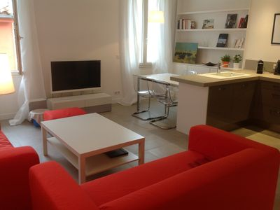 Photo for Lovely t3 renovated 66m2, 22m2 with center south terrace
