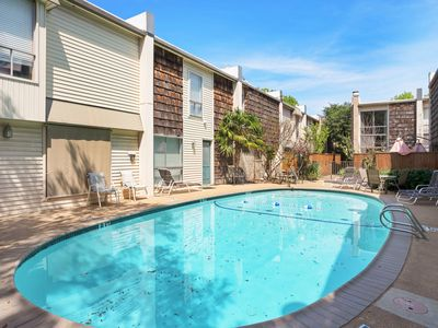 Photo for NEW LISTING! Two-level condo w/ patio & shared pool - near Medical Center!