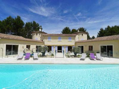 Photo for Superb 320-m² Provençal mas with pool and spa on an 8,000-m² tree-filled ground