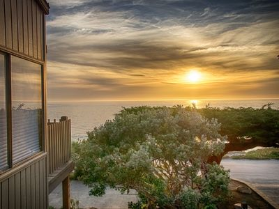 Photo for Unforgettable Ocean Front Views....