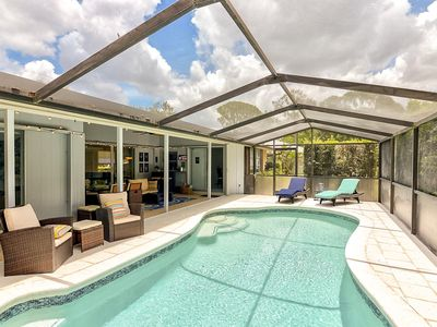 Photo for Southgate: Lovely remodeled 3 bedroom pool villa 2.5 Miles from Siesta Key