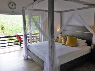 Photo for Romantic 5 star B&B suite with tropical breakfast- 5 min walk from beach