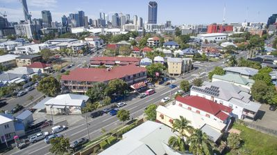 Photo for Brisbane Backpackers Resort - Group of 8