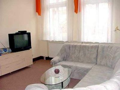 Photo for USE 2512 large apartment - Apartments Ahlbeck USE 2510