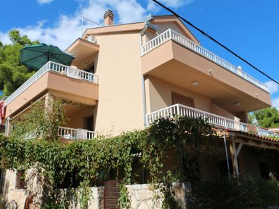 Photo for One bedroom apartment with terrace and sea view Basina (Hvar)