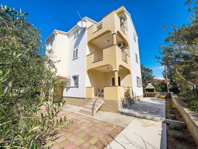 Photo for Apartments Zdenka, (14920), Vrsi, Zadar riviera, Croatia