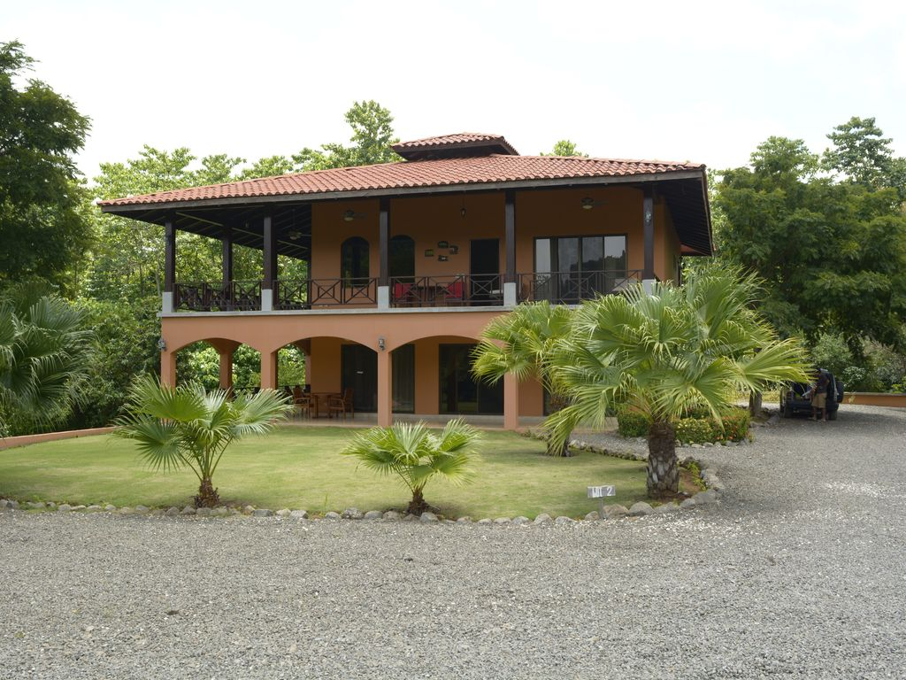 Luxury costa rica villa san francisco de coyote for Luxury rentals in costa rica