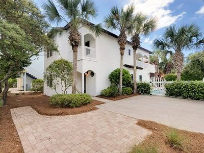 Photo for Dolphin House- Centrally located in Seagrove
