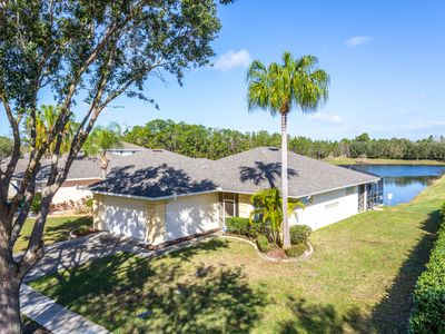 Photo for 4 bedroom with Private Pool - Lake View home!