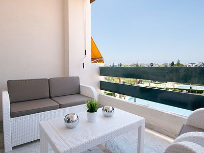 Photo for Apartment Lorcrisur in Marbella - 4 persons, 2 bedrooms