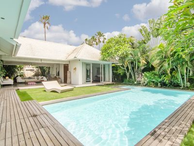Photo for Modern-Chic 4BR Villa minutes to Canggu