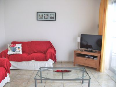 Photo for One Bedroom with wifi, On First Floor , Private Entrance, No Hills to Climb