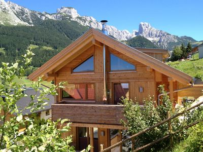 Photo for Luxury Chalet 'miter' right in the Dachstein-West
