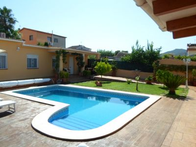 Photo for 2 bedroom Villa, sleeps 4 in Santa Oliva with Pool, Air Con and WiFi