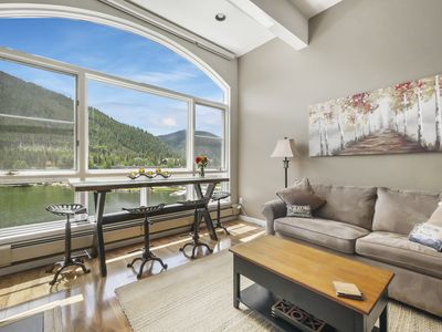 Photo for Luxurious Remodeled Lakefront Penthouse with Gorgeous Lake & Mountain Views !