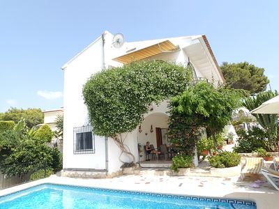 Photo for Detached three bedroomed villa beautiful private pool, aircon, with free  wifi.