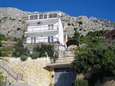 Photo for Apartment in Mimice (Omiš), capacity 6+0