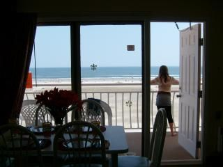 Photo for Directly On Beach-Breathtaking Views 7/30-8/4 AVAILABLE